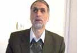 دکتر منصور توکلی متولد الیگودرز، جانباز جنگ تحمیلی از ناحیه دو چشم، تحصیلکرده زبان خارجی و استاد دانشگاه اصفهان است.