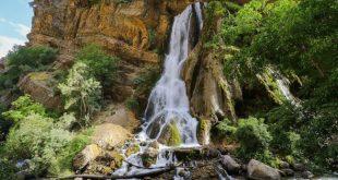 آبشار آب سفید عروس آبشارها